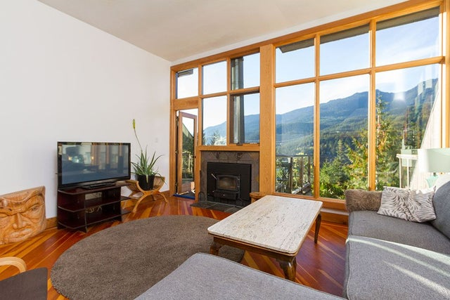 8 2221 GONDOLA WAY - Whistler Creek Townhouse for sale, 3 Bedrooms (R2210102) #2